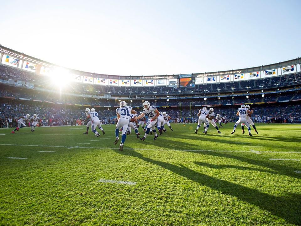 Colts Handoff