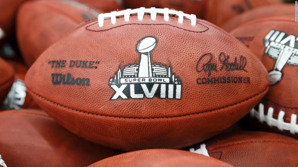 Head to Head: Broncos ή Seahawks;