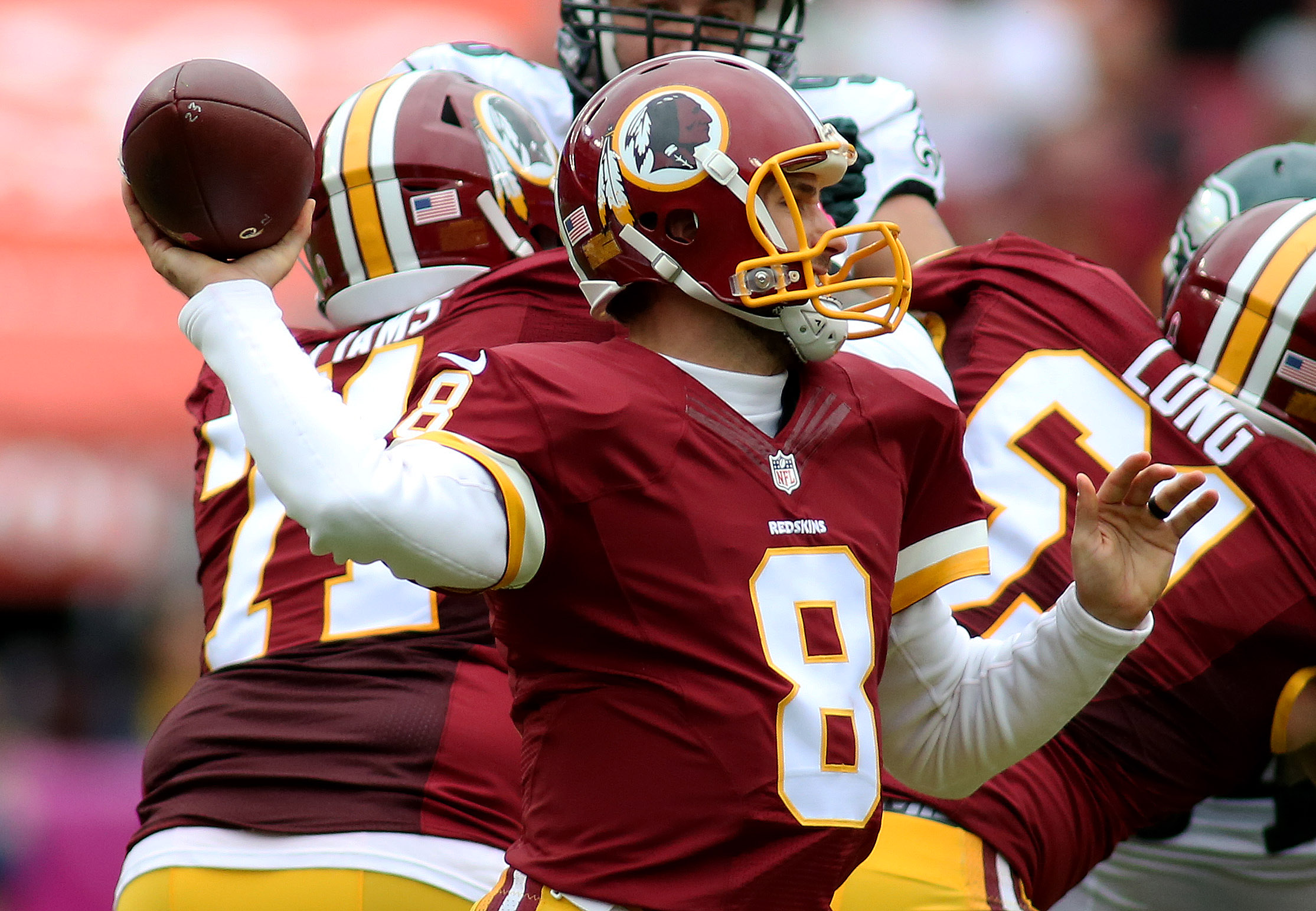 04 October, 2015: during a match between the Washington Redskins and the Philadelphia Eagles at FedEx Field in Landover, Maryland. (Photo By: Daniel Kucin Jr./Icon Sportswire)