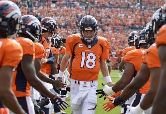 Οι 10 στιγμές που έκαναν τον Peyton Manning θρύλο στα μάτια μου.